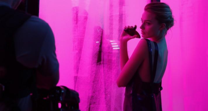 Calvin Klein már megint pontosan eltalálta: szabadelvű, erős és kihívó lett a Deep Euphoria!