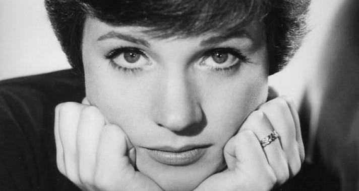 """""""A kitartás az, amikor elbuksz tizenkilencszer, hogy huszadjára sikerüljön""""- idézetek Julie Andrews-tól"""