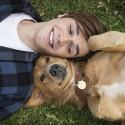 Szívmelengető film az ember legjobb barátjáról: Egy kutya négy élete