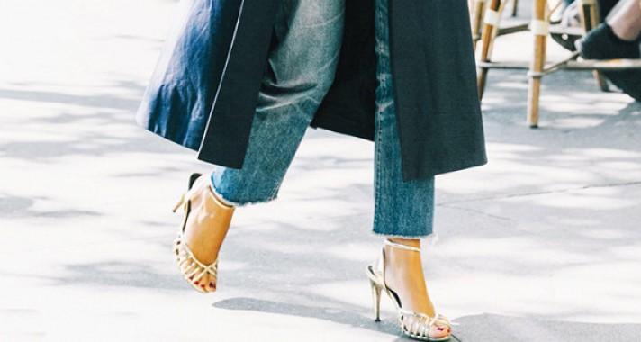 Főszerepben a metálos csillogás: 15 outfit feltűnő lábbelivel