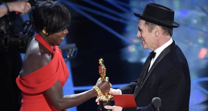 Újabb magyar Oscar-díj: nyert a Mindenki - A 89. Oscar-gála díjazottjai és legizgalmasabb pillanatai