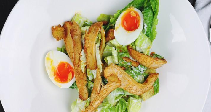 A tökéletes cézár saláta receptje