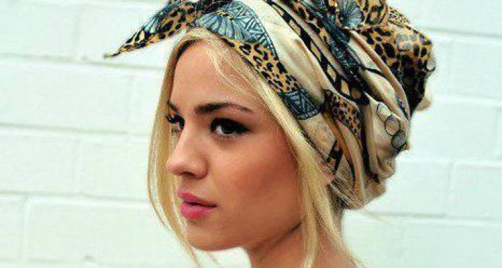 10 tipp: így viseld a hajadban a tavaszi-nyári szezon legnagyobb trendjét