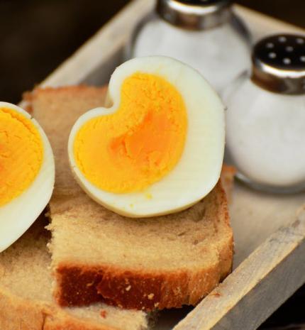 Főtt tojás újragondolva – Villámgyors tojásos receptek húsvétra