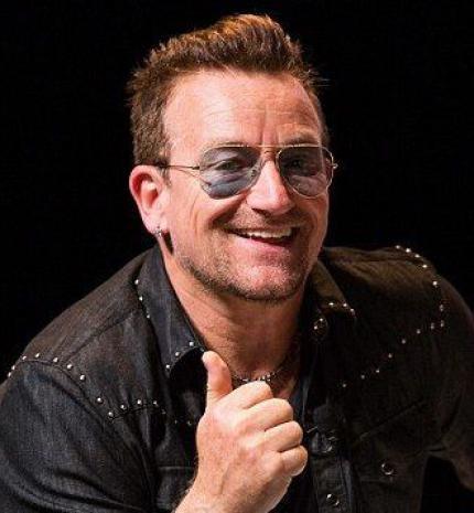 57 éves lett Bono, a U2 énekese