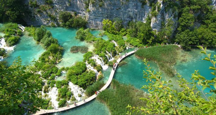 Ahol az azúr és a türkiz testet ölt – Plitvice
