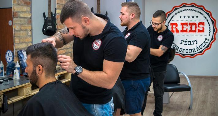 Interjú Hornyák Dáviddal, a REDS férfifodrászat megálmodójával