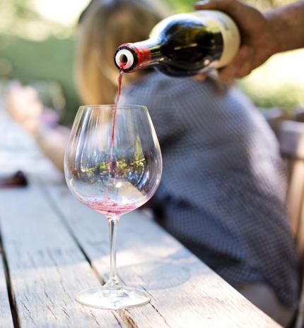 Ma van a bor világnapja