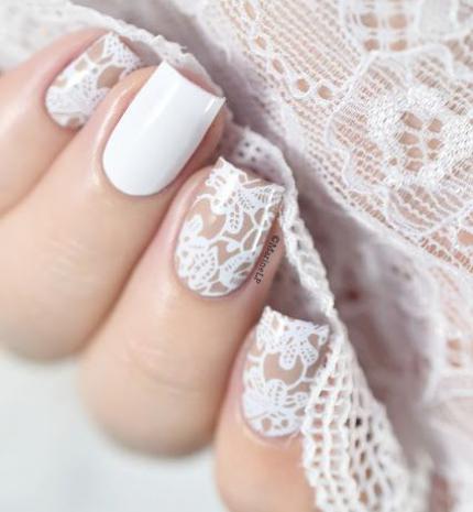 Top10: gyönyörű csipke mintás körmök