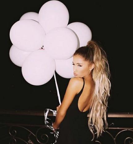 Top10: frizura ötletek Ariana Grande-tól