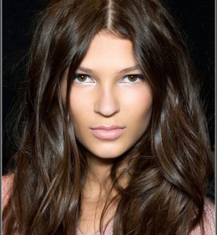 Top10: gyönyörű csokoládé barna hajszín az őszi szezonra