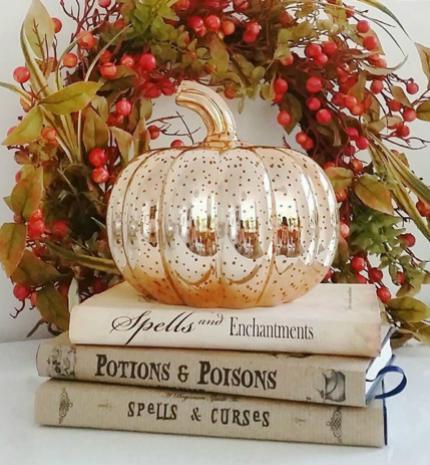 Őszi dekor tipp: hangulatos fényű töklámpás LED világítással
