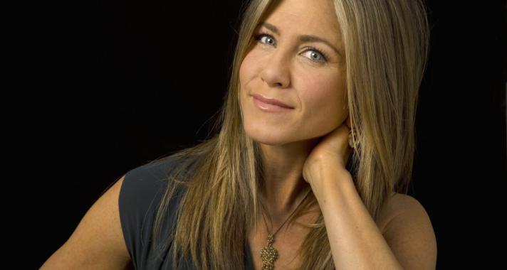 """""""Minél nagyobb képességed van szeretni, annál nagyobb képességed van érezni a fájdalmat."""" Idézetek Jennifer Anistontól"""