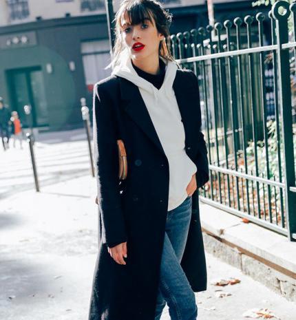 Stílusiskola: így legyél csinos kapucnis pulcsiban