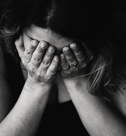 10 jel, ami segít, hogy felismerd a rejtett depressziót