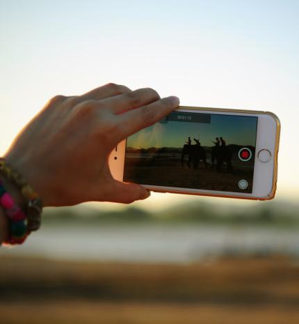 5 tipp, hogy kezdőként is emlékezetes videókat készíthess életed fontos eseményeiről