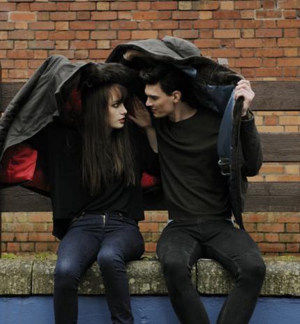 Tényszerűség a kapcsolatokban