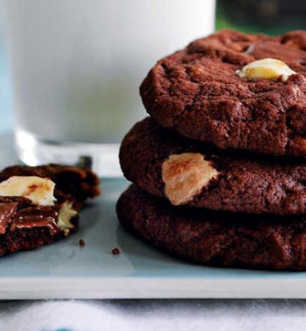 Tripla csokis cookie recept összebújós téli estékre