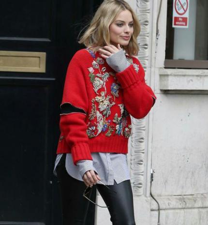 Stílusiskola: outfit ötletek Margot Robbie-tól