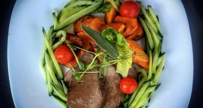 Nem kell éhezned a tökéletes alakhoz - készülj a nyárra ínycsiklandó ételekkel