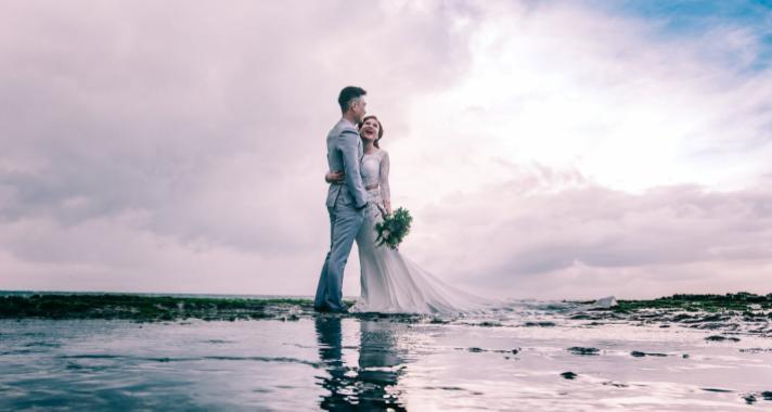 Nincs romantikusabb, mint egy vízparti esküvő!