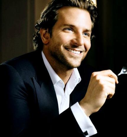 10 kép, ami után érthetővé válik, hogy miért rajongunk még mindig Bradley Cooper-ért