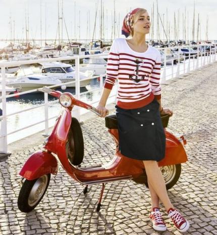 Stílusiskola: tengerre, matróz - outfitek, amelyek nem csak a kikötőben mutatnak jól