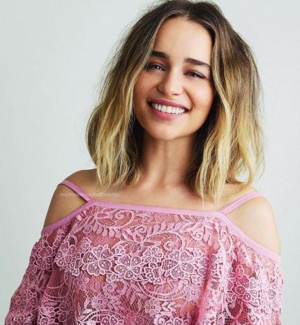 Top10: frizura ötletek Emilia Clarke-tól