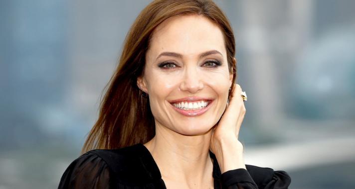 'Csodálatos dolog másokért élni. Nyugalmat ad, belső békét.' - motiváló idézetek a születésnapos Angelina Jolie-tól