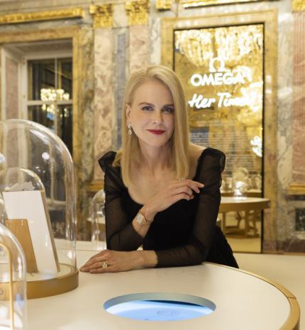 """Nicole Kidman nyitotta meg az OMEGA """"Her Time"""" kiállítását Szentpéterváron"""