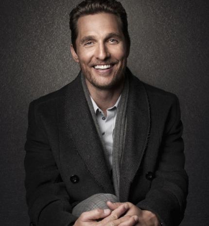 Matthew McConaughey 49 éves, mi pedig továbbra is imádjuk