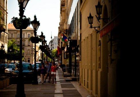 Budapesti Történetek - Körúti séta