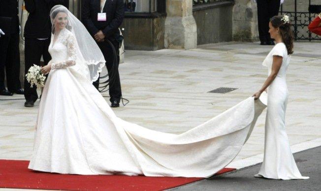 Top hét királyi dress code