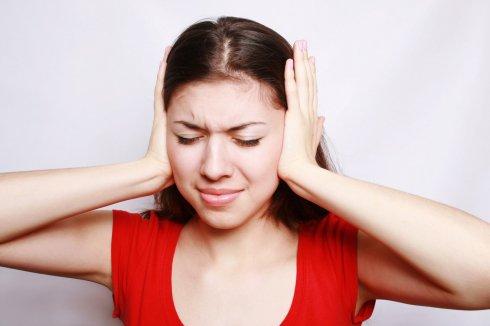 A fülben lévő mitesszerek gyulladást is okozhatnak