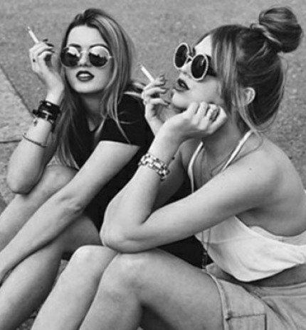 A hamis barátság 10 intő jele