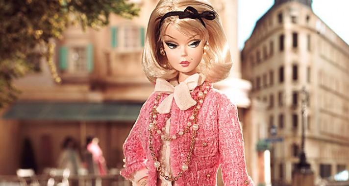 19 Barbie baba öltözék, amit híres designerek terveztek