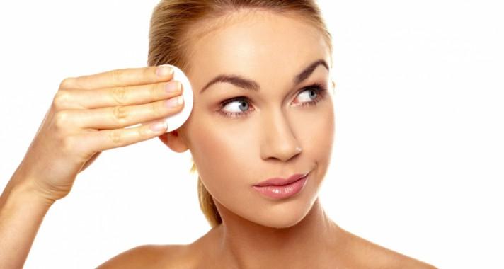 Ezek lehetnek az okai, ha zsíros az arcbőröd