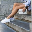 Stílusiskola: Hogyan viseljük a tornacipőt?