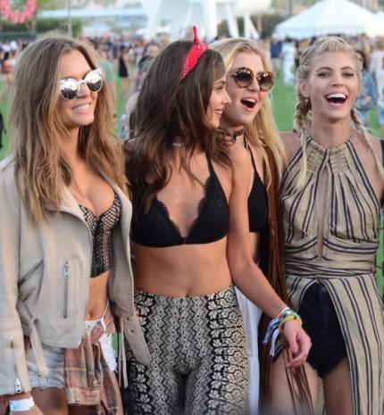Top 10: A legmenőbb sminkek és frizurák a Coachella fesztiválról