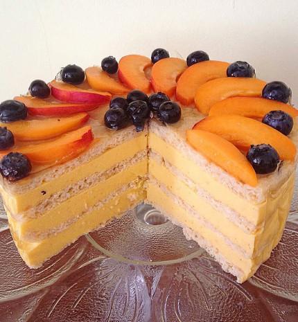 Sárgabarackkrémes paleo torta
