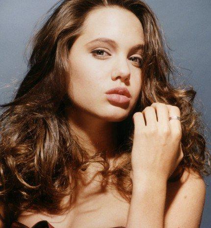 Különbözni jó. Szóval ne akarj megfelelni. - Angelina Jolie 42