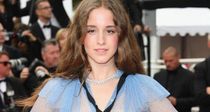 Magyar származású színésznő a cannes-i vörös szőnyegen