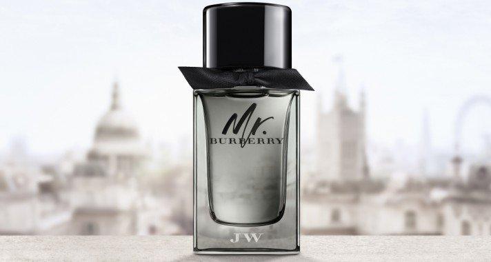 Két zseni, London, a kontrasztok és ellentmondások városa és a legendás ballonkabát: ez a Mr. Burberry illat.