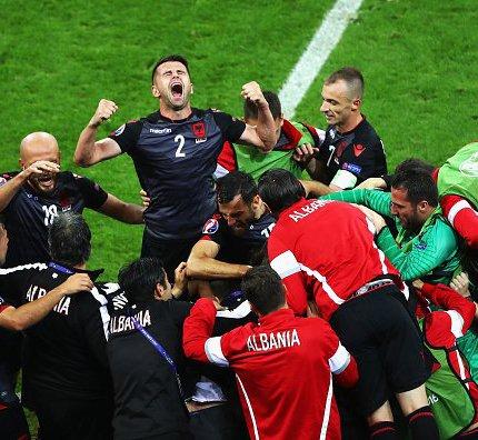 Románia kiesett