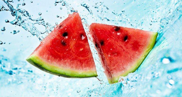 Ételek, amik segítenek megvédeni a leégéstől és a nap káros sugaraitól