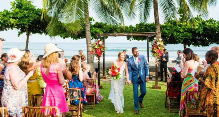 A leggyönyörűbb tengerparti esküvők képekben
