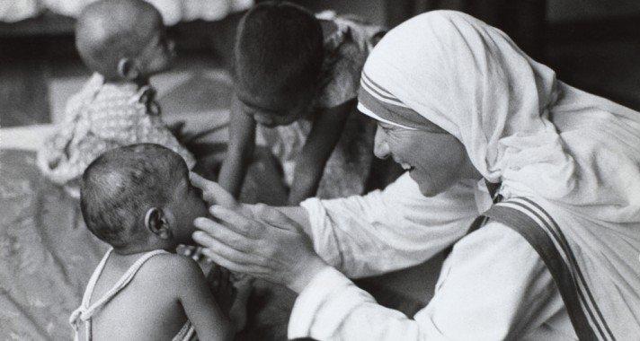 Teréz anya, a feltétel nélküli szeretet követe