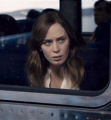 Végre! Hamarosan mozikban A lány a vonaton!