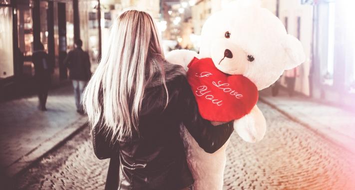 Nemrég randevú valentin