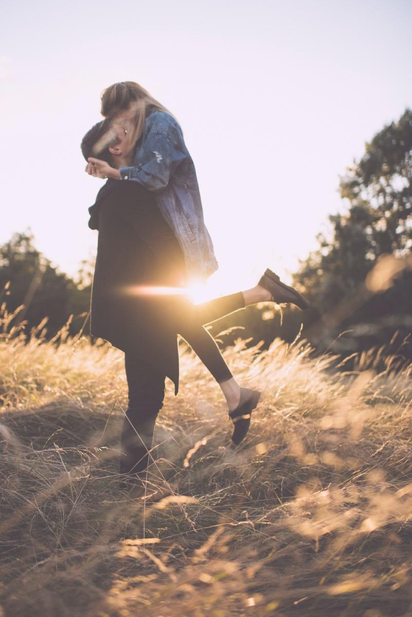 Oroszlán férfi randizik egy bika nővel randevú a francia blogban